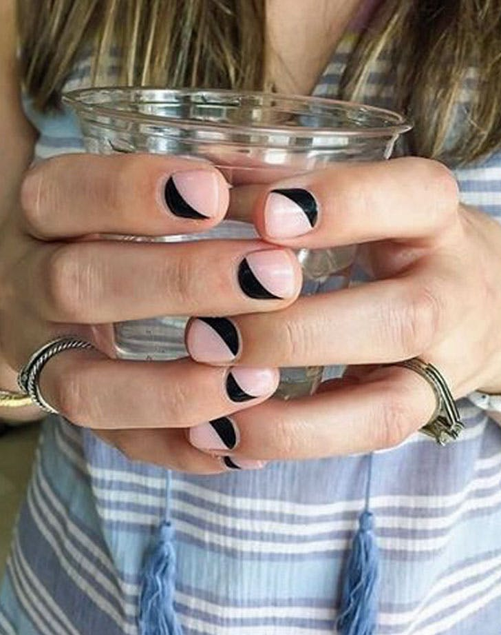 Nails PinkBlack 728x921