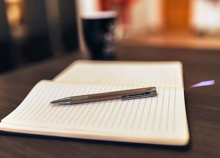Notebook 728x524