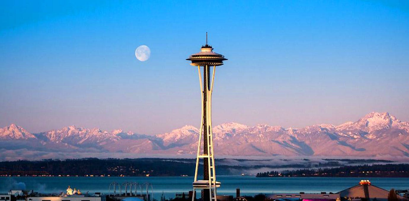 Space Needle 1380x678