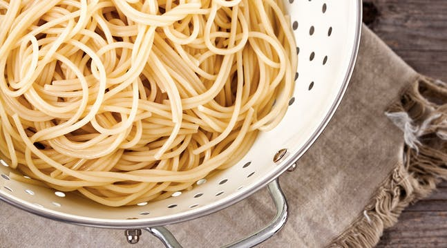 How to Keep Your Colander from Getting All Sticky When You Put Pasta in It