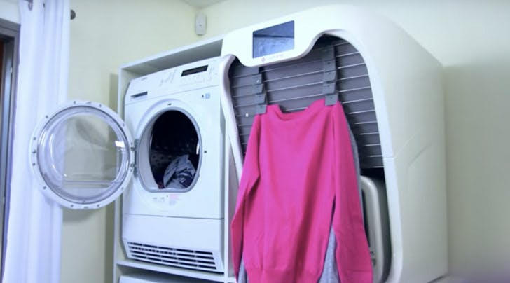 This Life-Changing Robot Will Fold Your Laundry in Less Than 60 Seconds