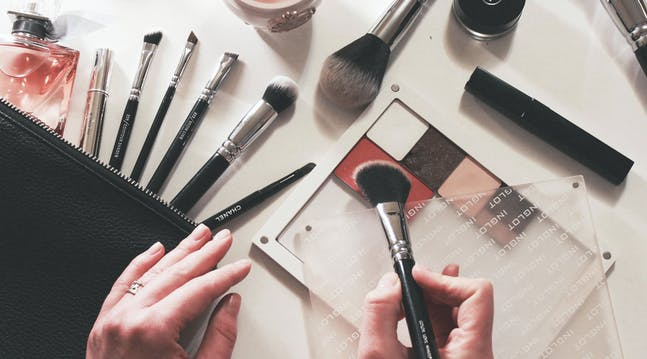 The Definitive Correct Order for Putting on Your Makeup