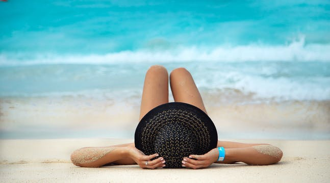 Heres the Genius Way to Shave Sunburned Legs