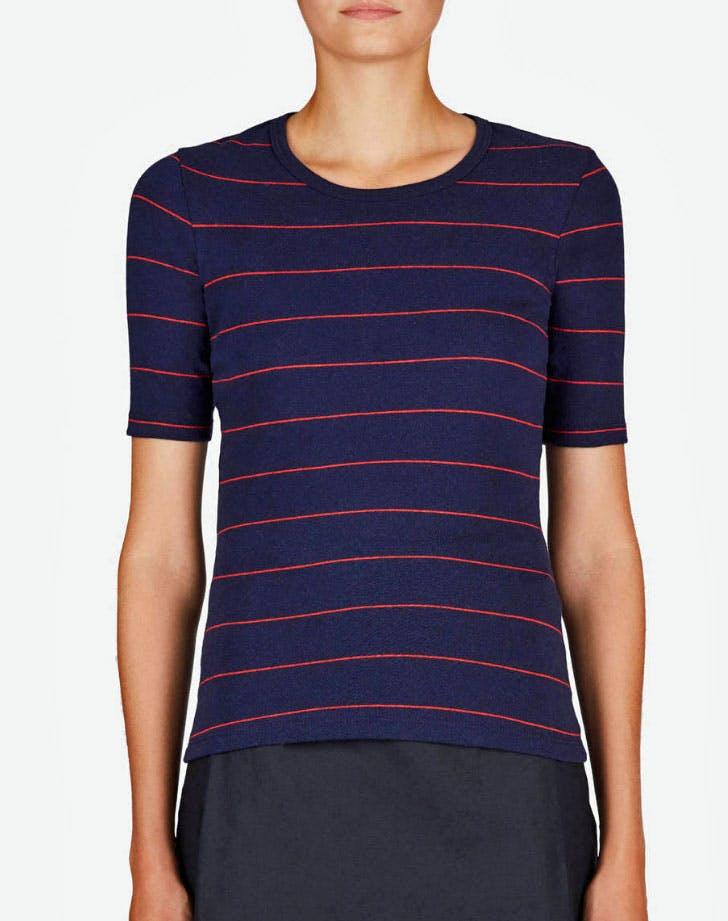 T shirt 728x921