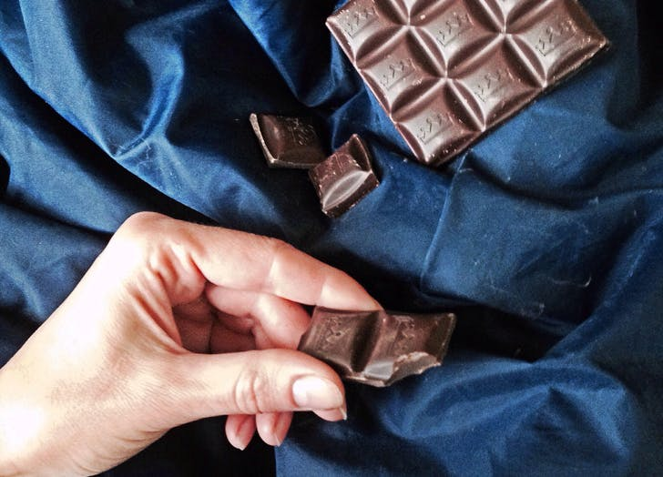 bed darkchocolate