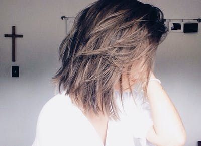 What Happens When You Stop Dyeing Your Hair - PureWow