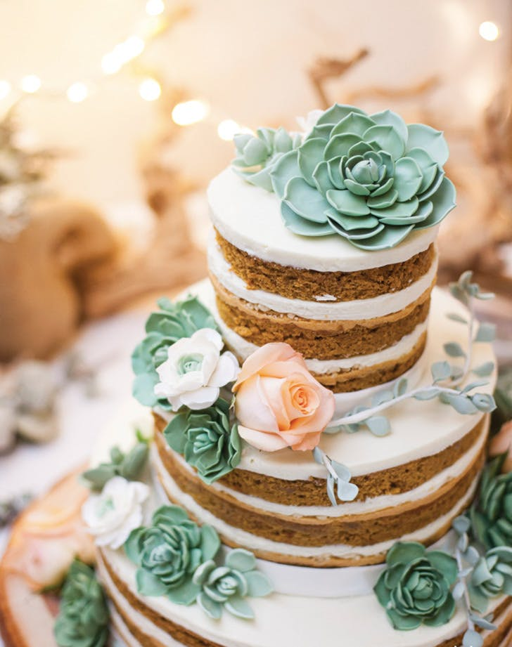 tiny food wedding cake 7 wedding cake trends that are in 2017 purewow 21016