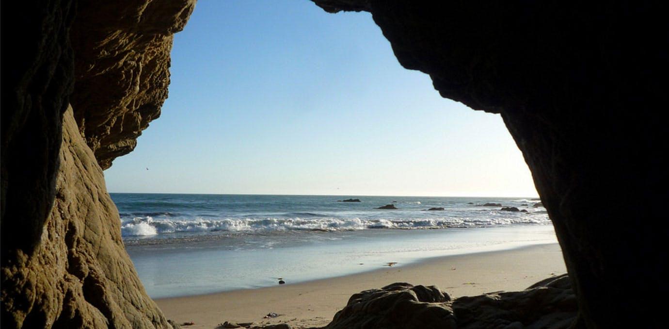 Beach Cave 1380x678