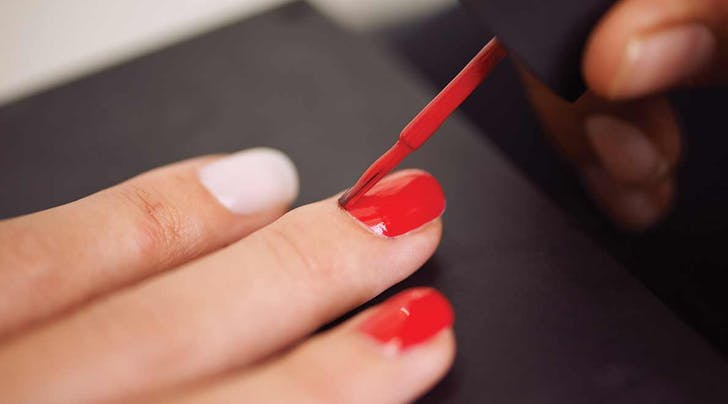A Foolproof Guide to DIY Manis