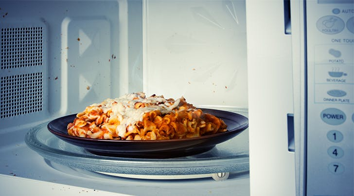The Secret Trick for Reheating Leftovers in the Microwave