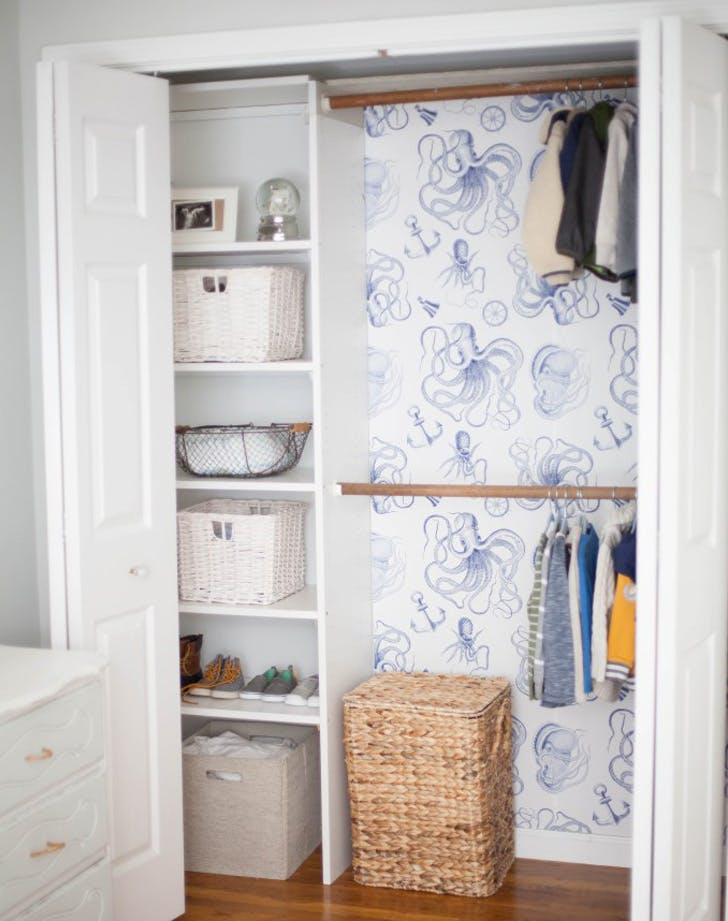 WALLPAPER CLOSET LIST
