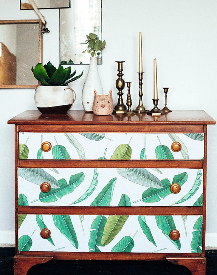 WALLPAPER DRESSER LIST