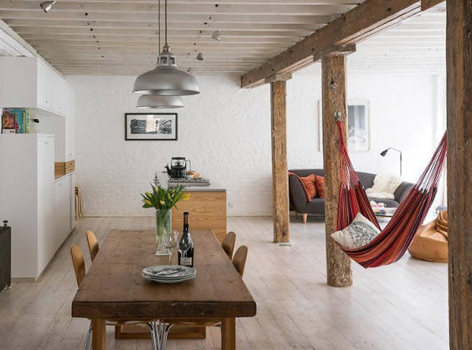 Living Room Hammock : 8 Indoor Hammocks for Those Lazy Days - PureWow