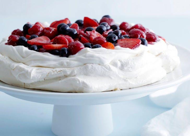 The best ina garten dessert recipes purewow ina pavlova food network forumfinder Images