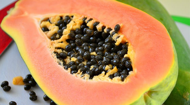 How to Exfoliate Your Face with a Papaya (Really)