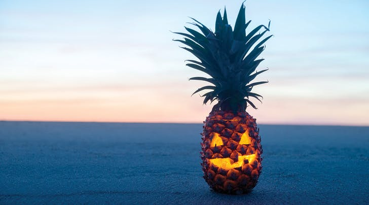 Pineapple Jack-o-Lanterns Are the Best Halloween Trend of 2016