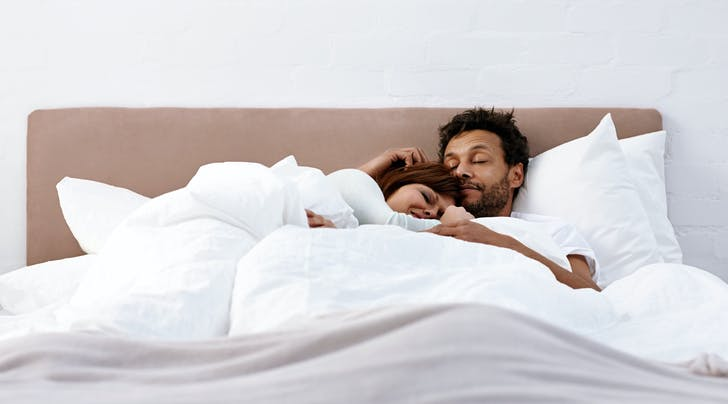 Help! My Partner and I Like to Sleep in Totally Different Temperatures