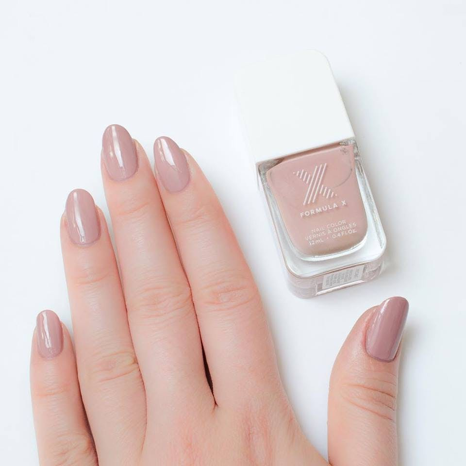 classic nude nails CHI