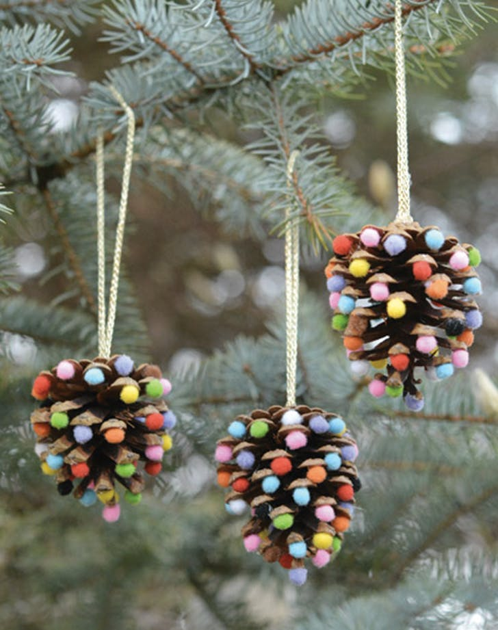 DIY Christmas Decorations And Ornaments To Make