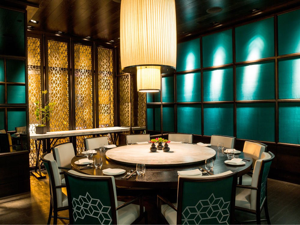 FOR A SPECIAL FAMILY DINNER: HAKKASANu0027S JADE ROOM