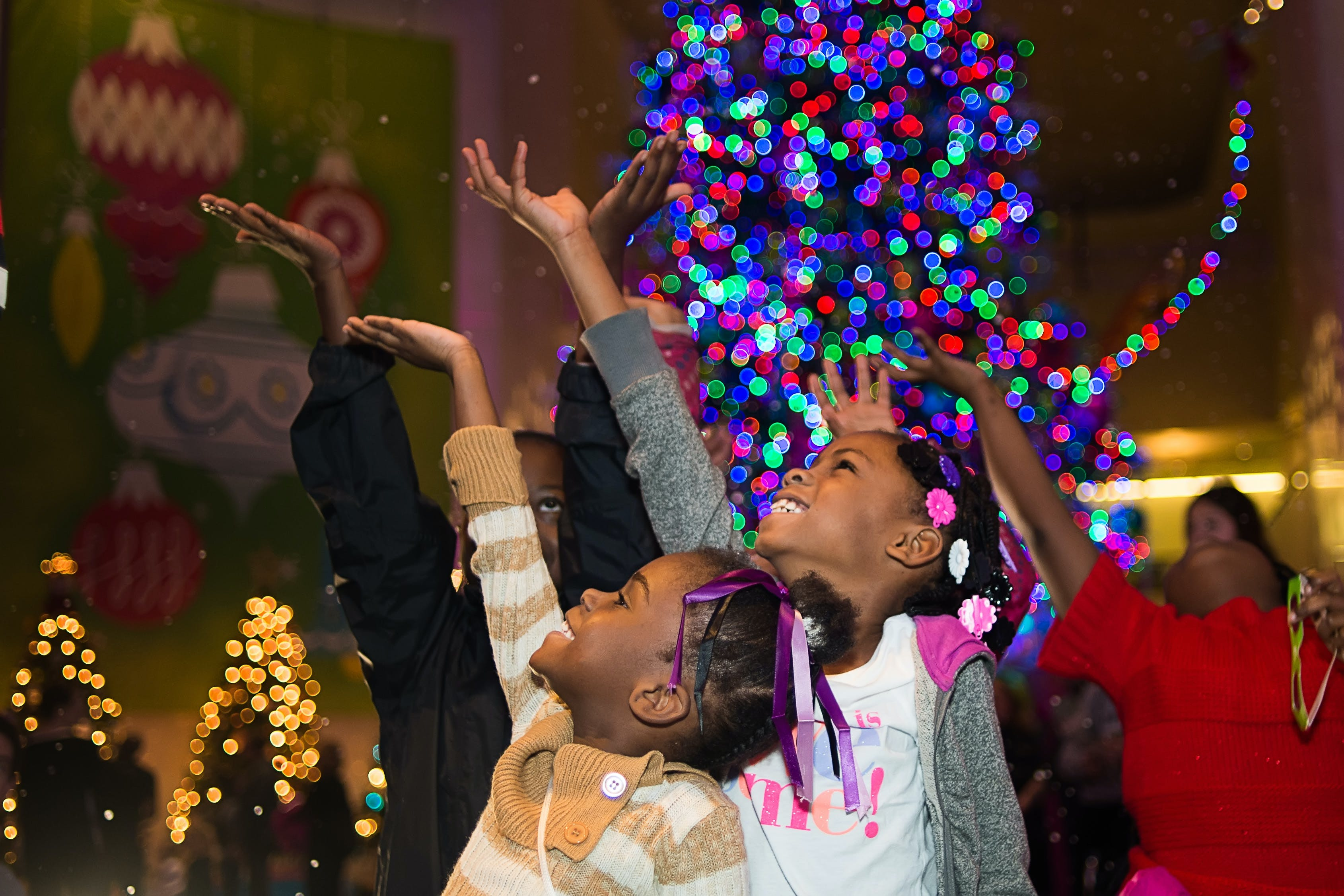 museum of science and industry  chicago holiday activities