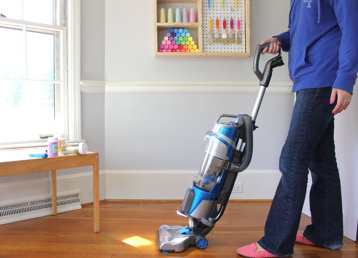 vacuum deepclean holiday