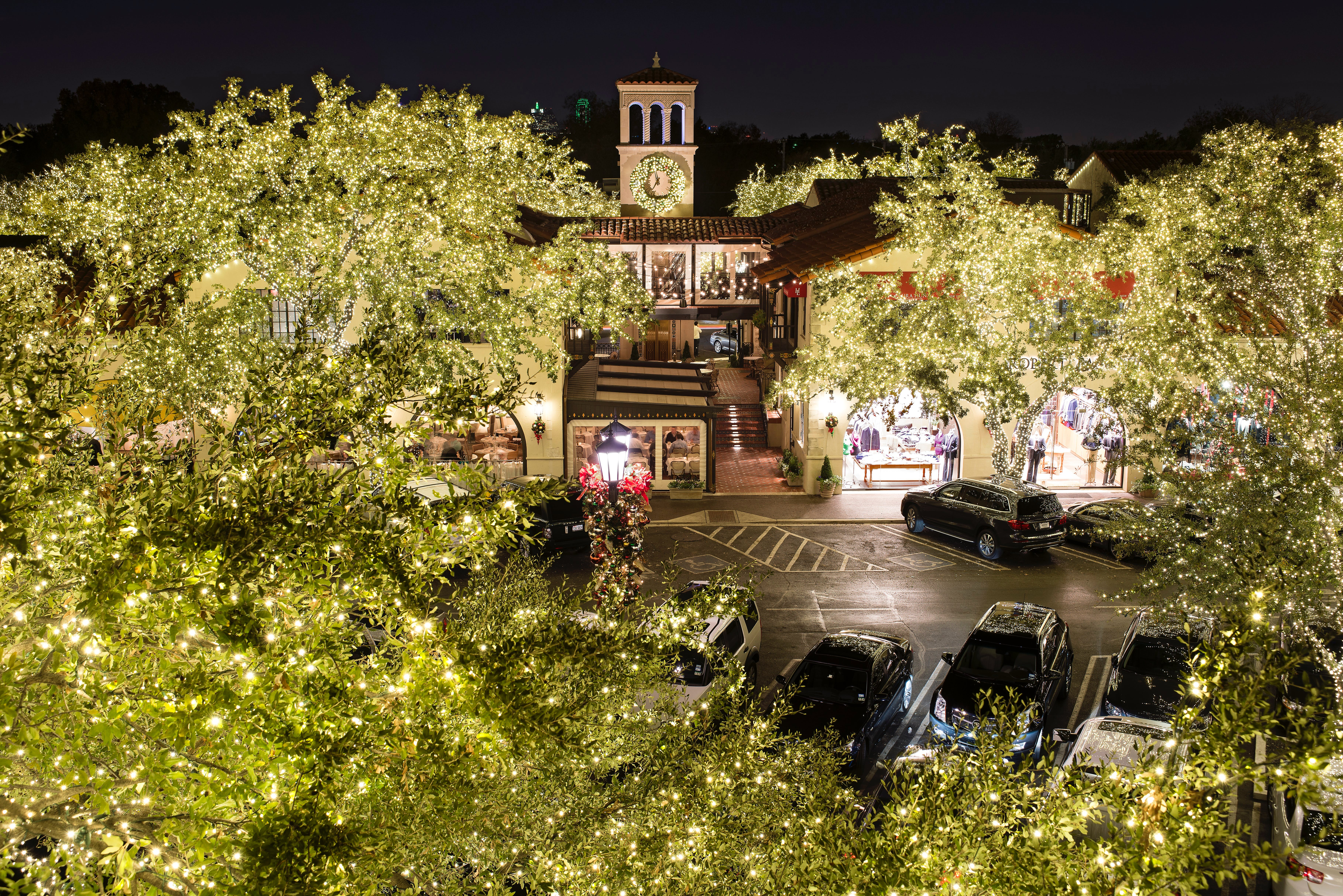 Highland Park Village Clock Tower dallas holiday guide