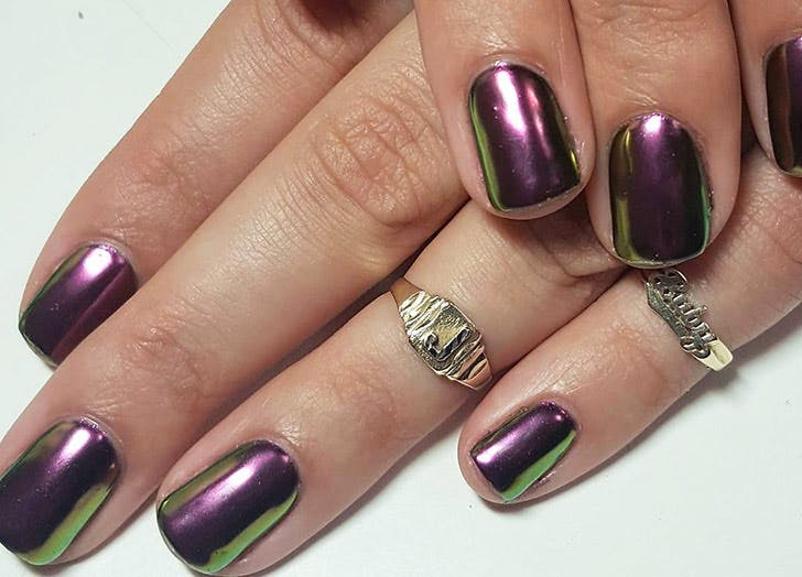 chameleon chrome nails 728