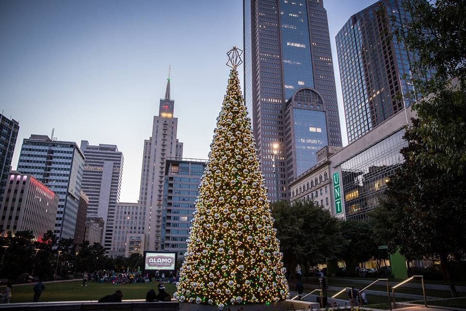downtown dallas holiday guide