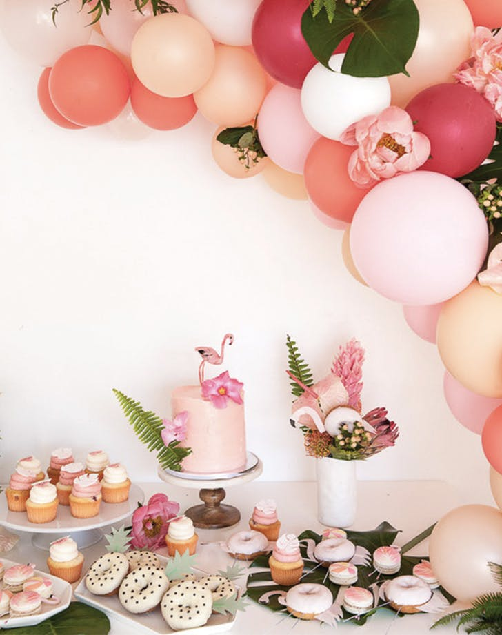 Flamingo Decor Is The New Party Trend Purewow