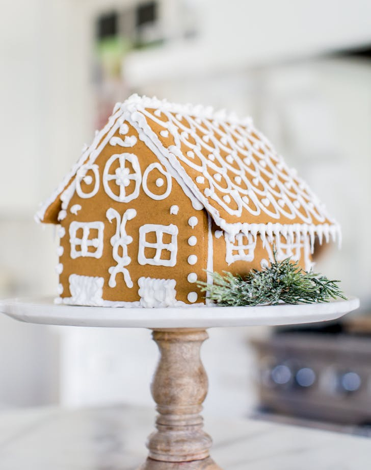9 Amazing Gingerbread Houses to Create with Your Kids