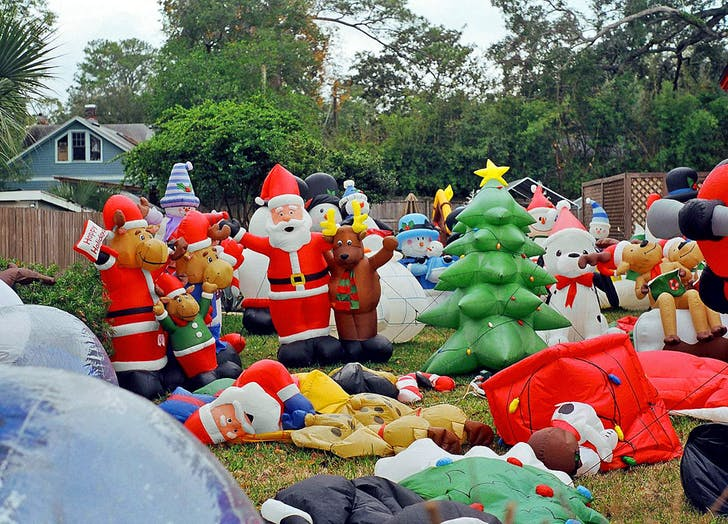 holiday decor inflatables yard