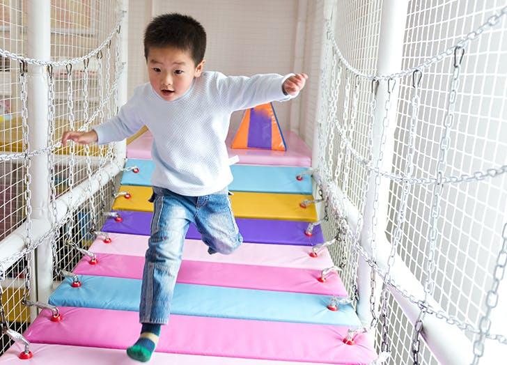 kid travel indoor playground