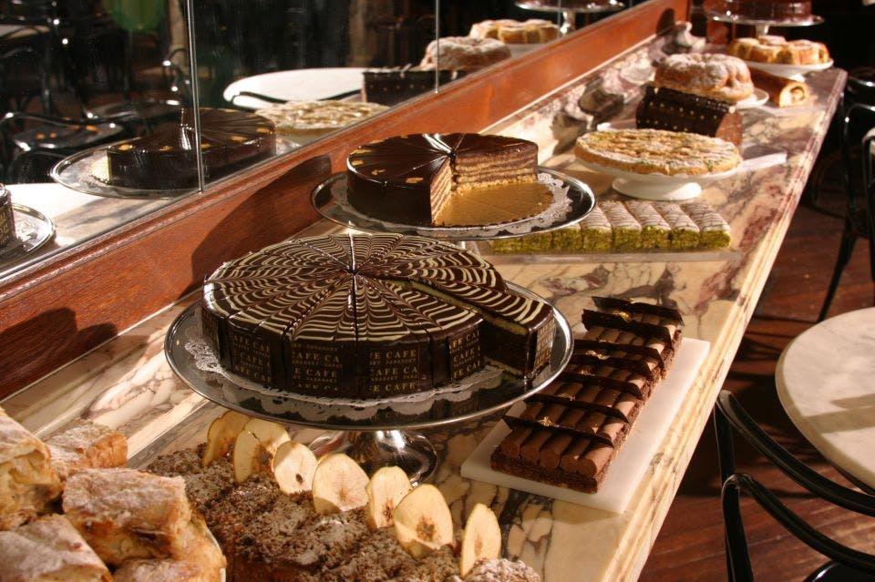 ny winter activites cafe sbarsky desserts