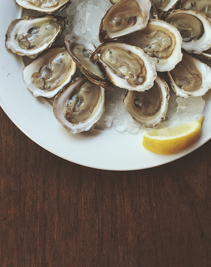 oysters restaurant order