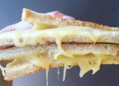 state dish grilledcheese40021