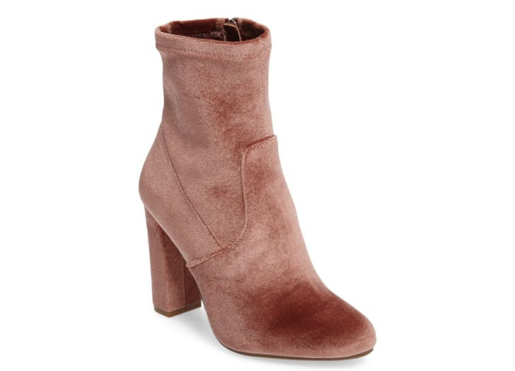 statement boots rose