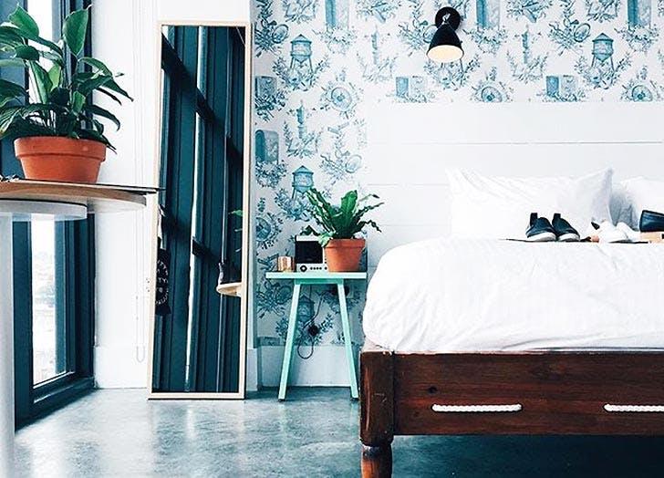 bedroom wallpaper decorating NY