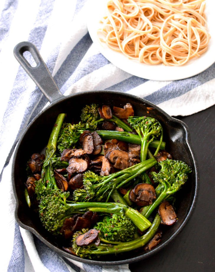 clean broccolinimushroom
