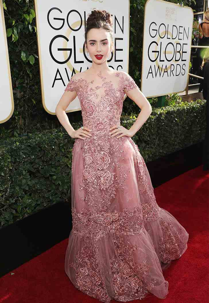 golden globes 2017 lily collins