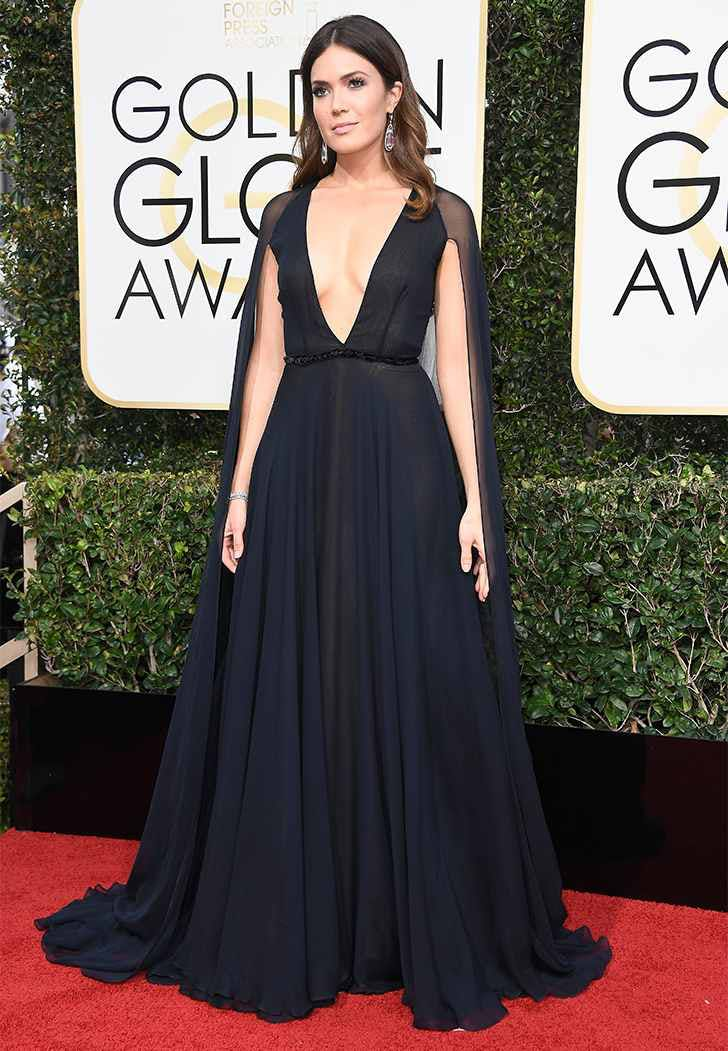 golden globes 2017 mandy moore