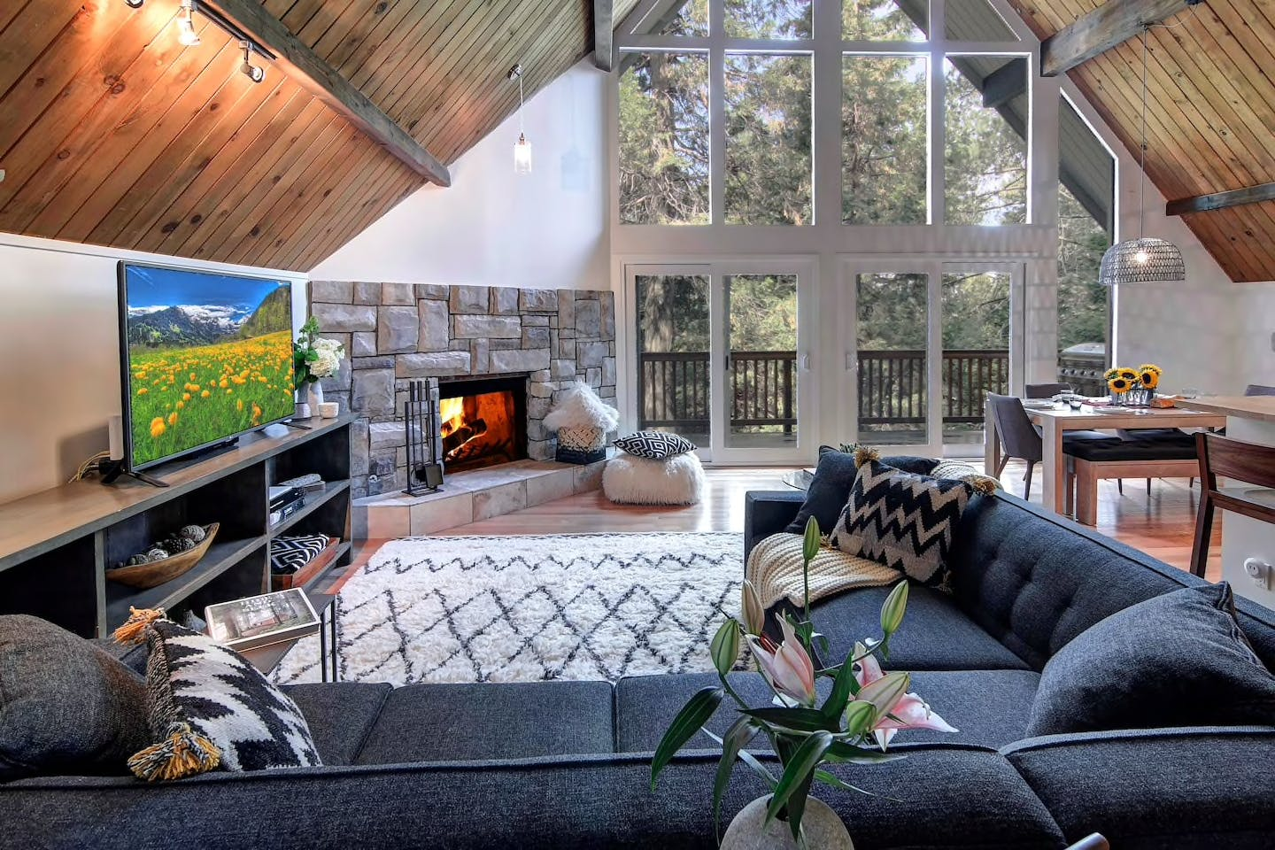 multilevel retreat in lake arrowhead
