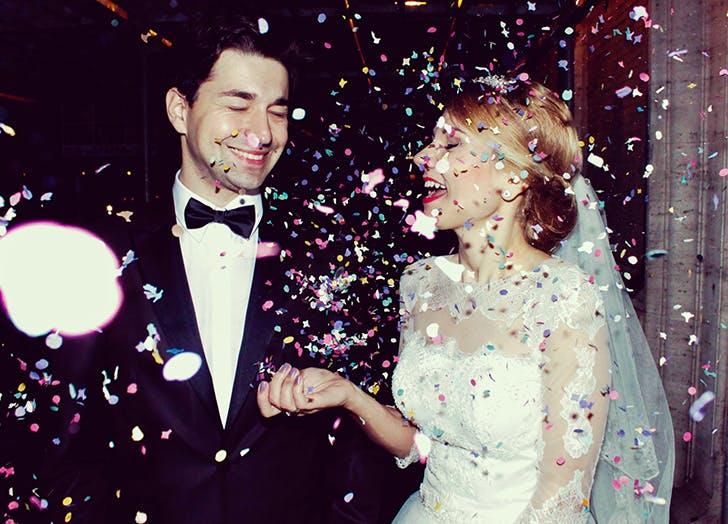 wedding dos confetti
