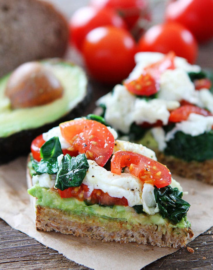 energy lunch avotoast