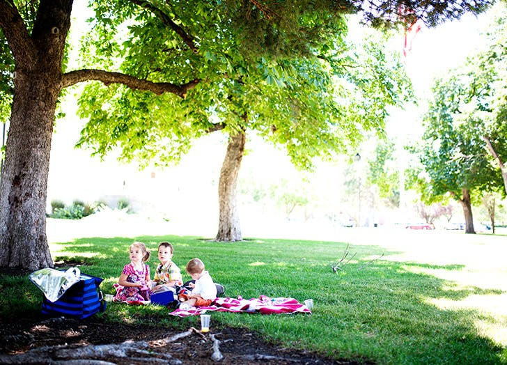 kid exercise picnic