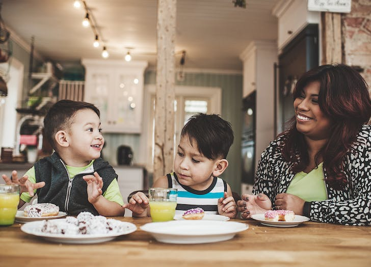 mindful eating eating family