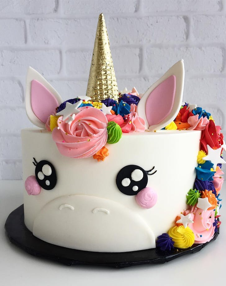 Unicorn Cakes Are The New Pastry Trend
