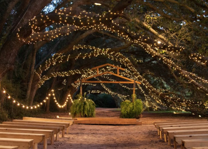 Most beautiful wedding venue in every state purewow alabama oak hollow farm junglespirit Choice Image