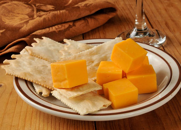best crackers for cheese platter