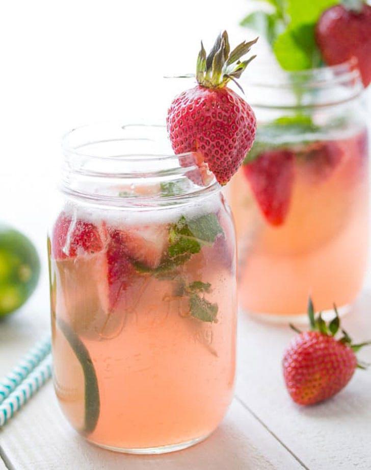 cocktails sangria